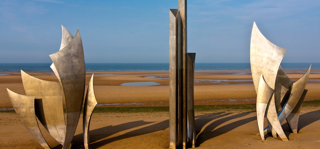 Memorial sculpture, Omaha Beach