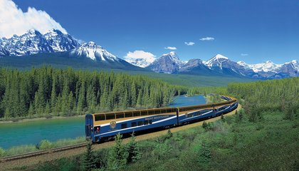 canadian-rockies-train