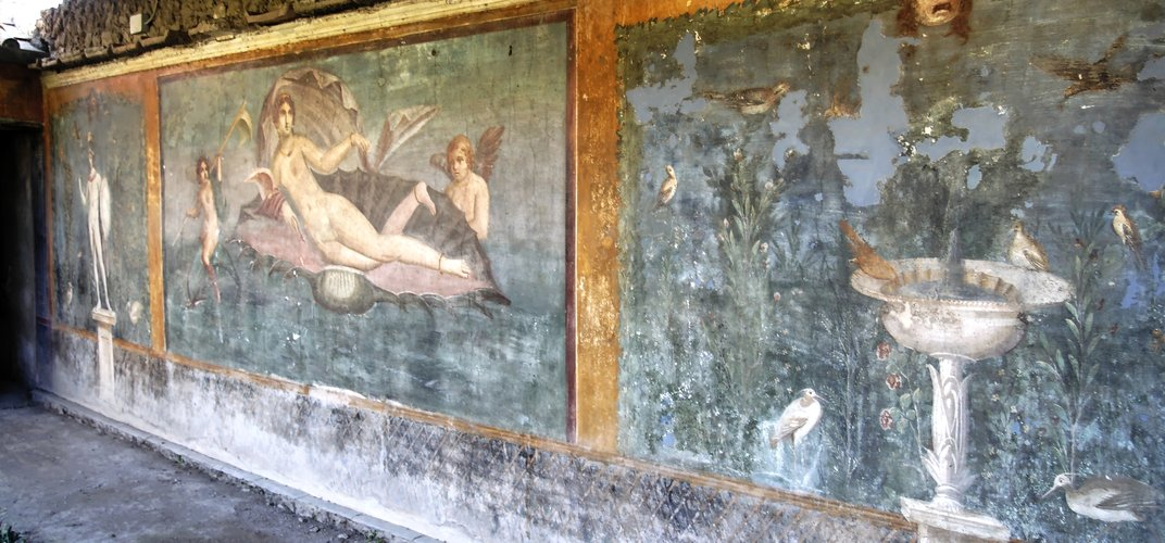 Wall painting found in Pompeii