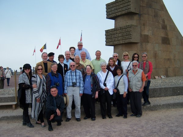 Group photo on D-Day beach in Normandy, France (Stéphanie Jeanjean)